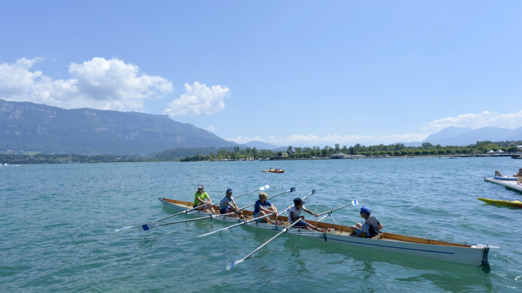 Sport. Activite sportive. Aviron. Lac du Bourget.